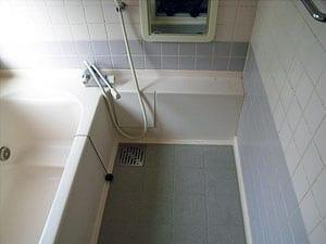 浴槽・浴室樹脂コーティング塗装施工前の写真