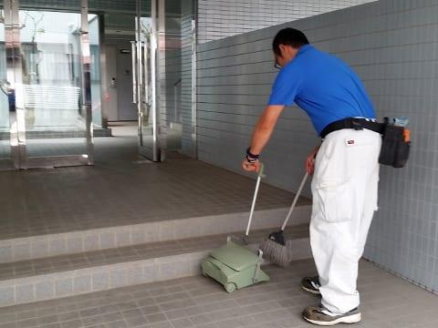 賃貸住宅(アパート・マンション)の定期清掃 エントランスの画像2