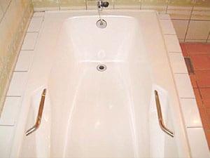 浴槽の樹脂コーティング塗装 施工後の画像